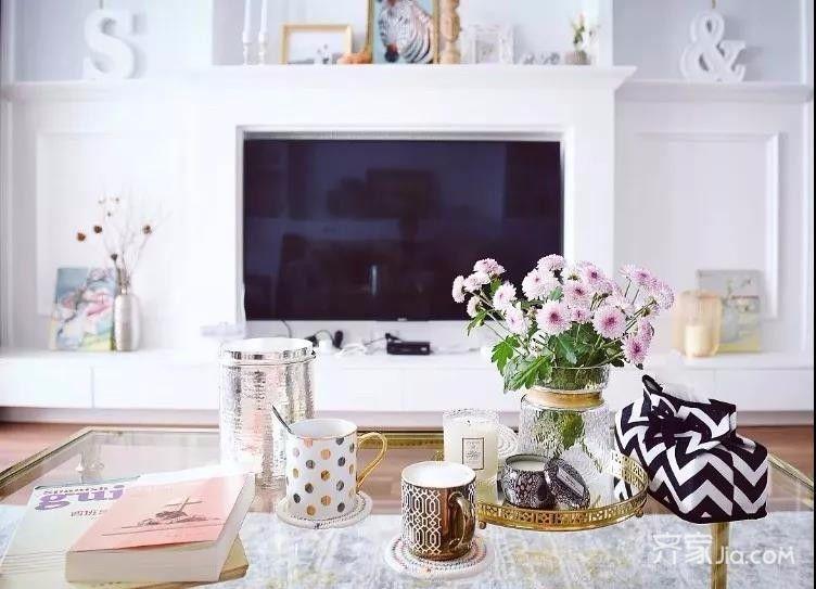 三居室混搭风格装修电视背景墙设计图