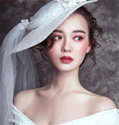 最美的婚礼妆容     让美的记忆存留一世