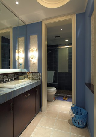 三居室地中海风格卫生间装修设计图