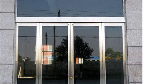 钢化玻璃门安装注意事项提醒