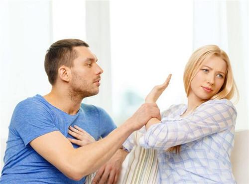 真正想离婚的女人特征  女人即将变心离婚的预兆