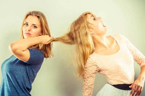 离过婚的女人的心理弱点  离婚后为什么会害怕接触外界