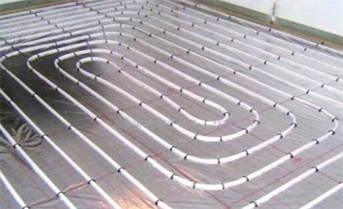 碳纖維地板取暖優于松木家具的優缺點