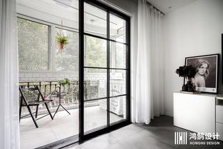 北欧风格两居装修阳台布置图
