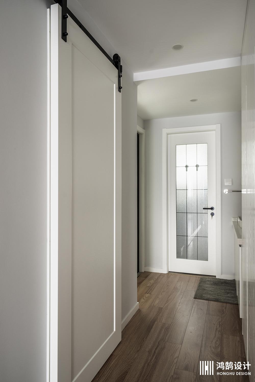 90平三居装修走廊设计