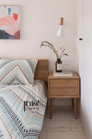 小户型北欧风格装修床头柜图片