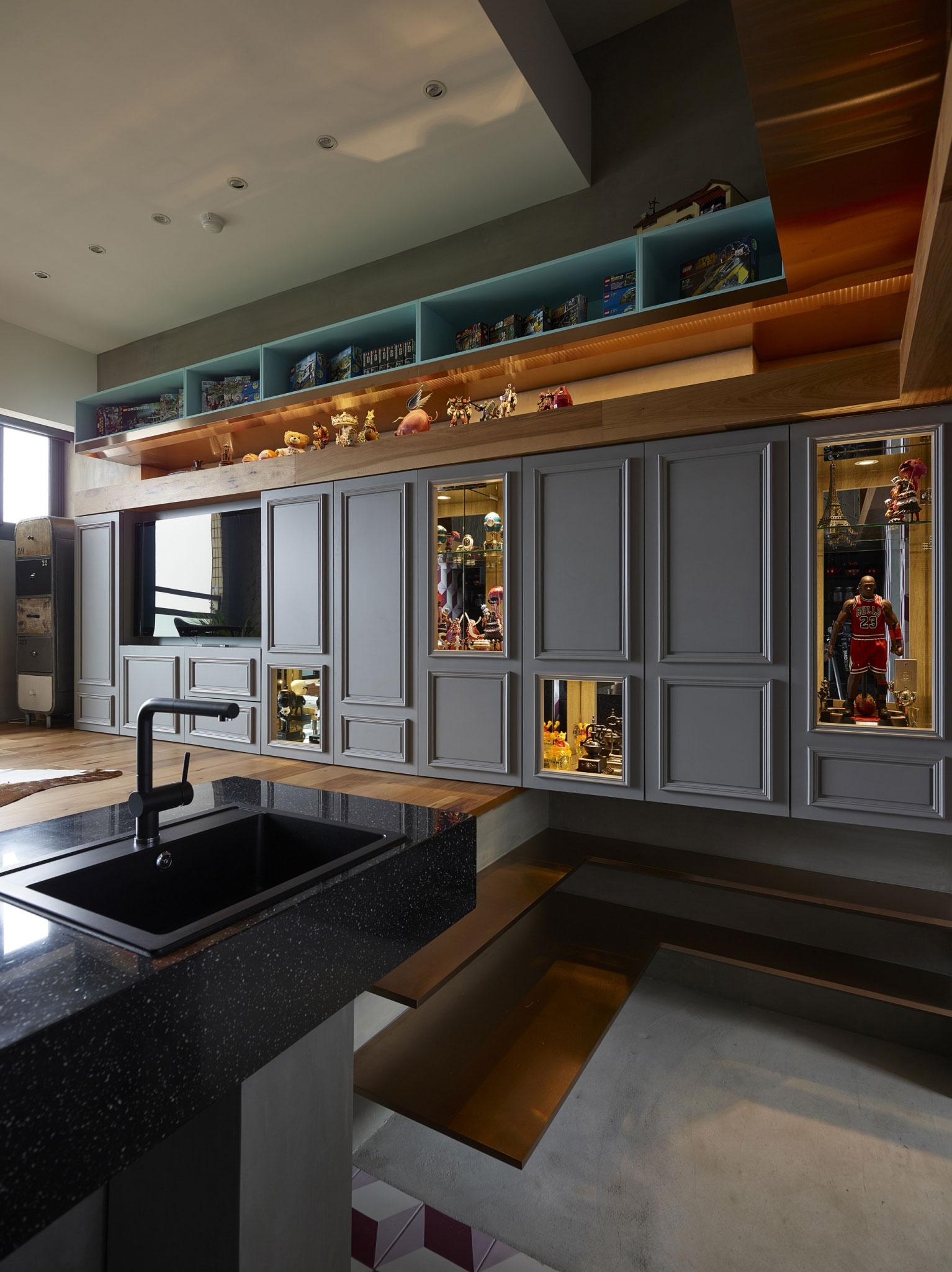 小户型Loft混搭风格装修展示柜设计图