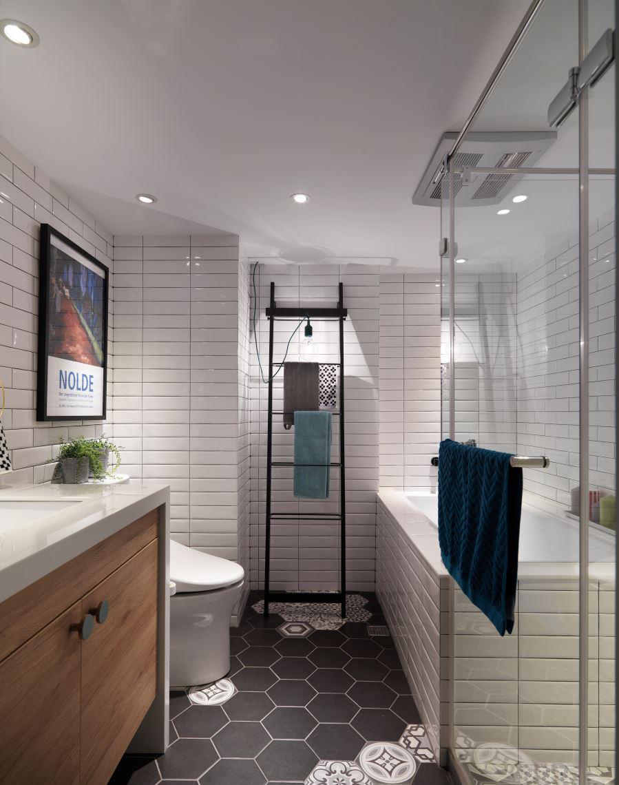 清新北欧风二居卫生间装修设计效果图