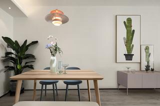 北欧风格三居之家餐桌图片