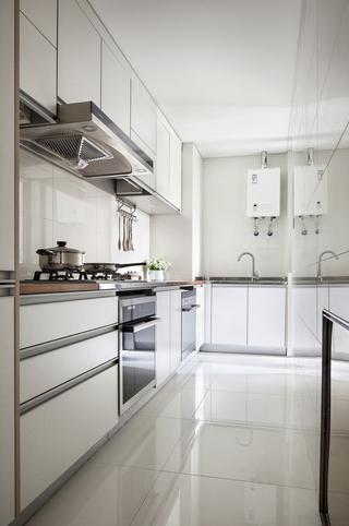现代风格二居室装修厨房效果图
