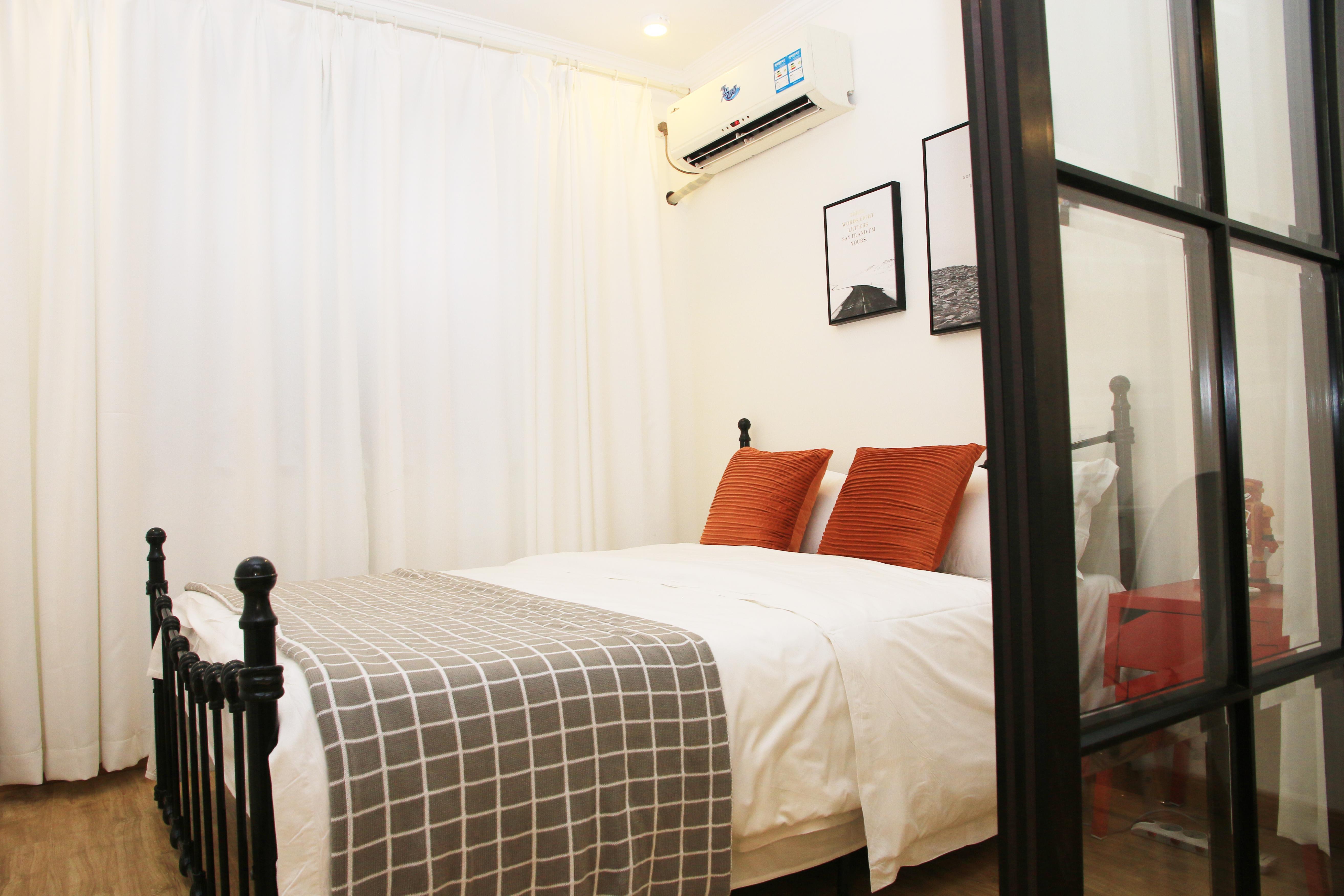 北欧简约三居室公寓装修窗帘效果图