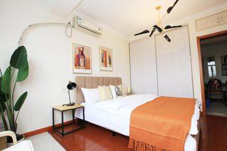 85㎡现代风格二居室卧室装修效果图