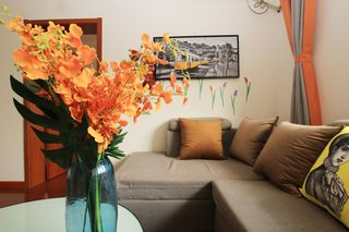 85㎡现代风格二居室装修客厅一角