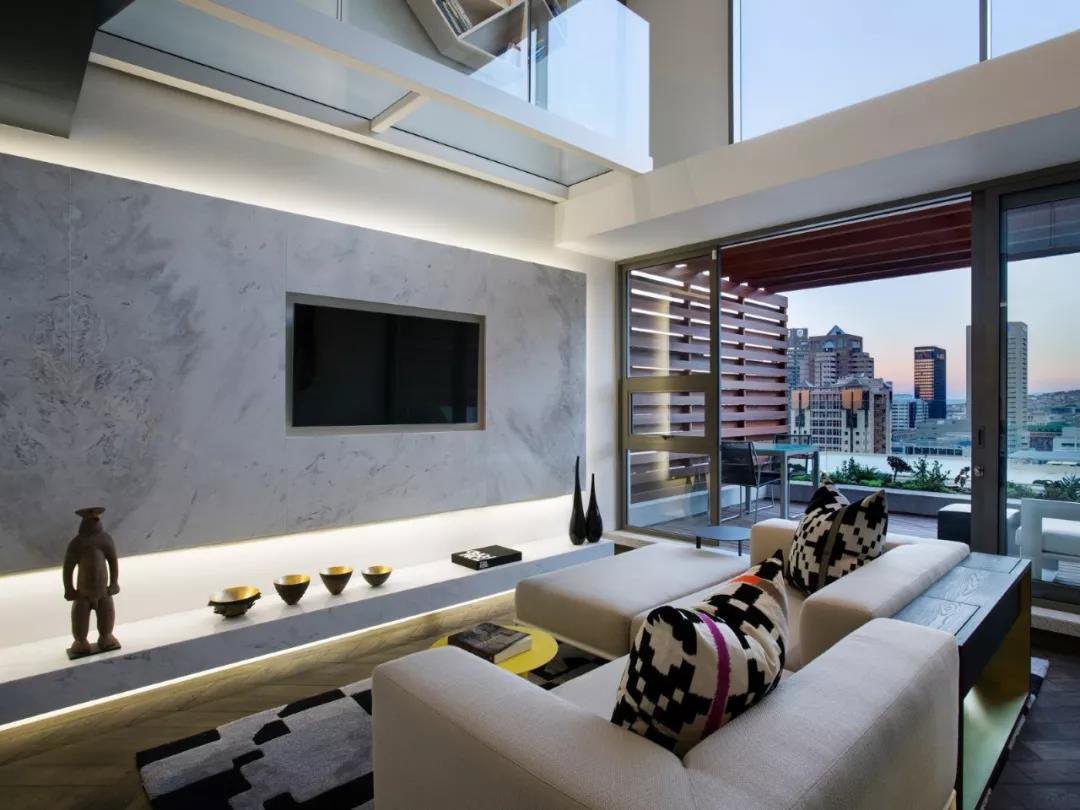 Loft风格公寓电视背景墙装修效果图