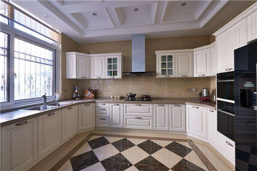 厨房的瓷砖颜色选不对后悔在后边!