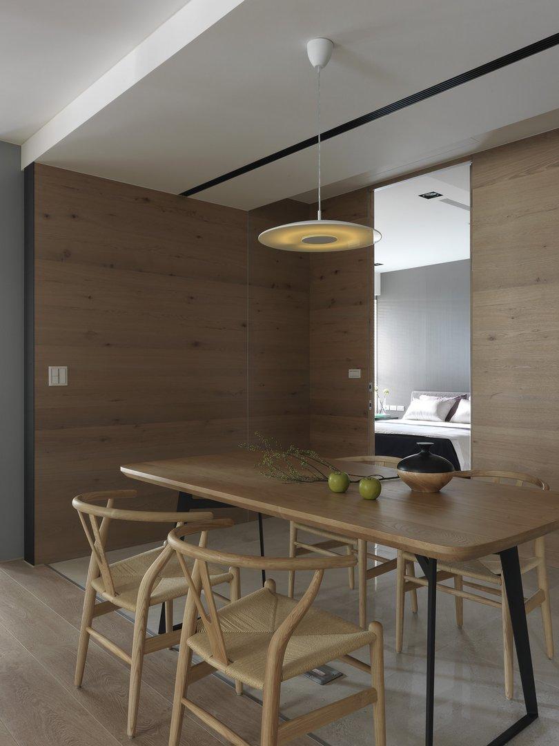 145平现代原木风餐厅背景墙装修效果图