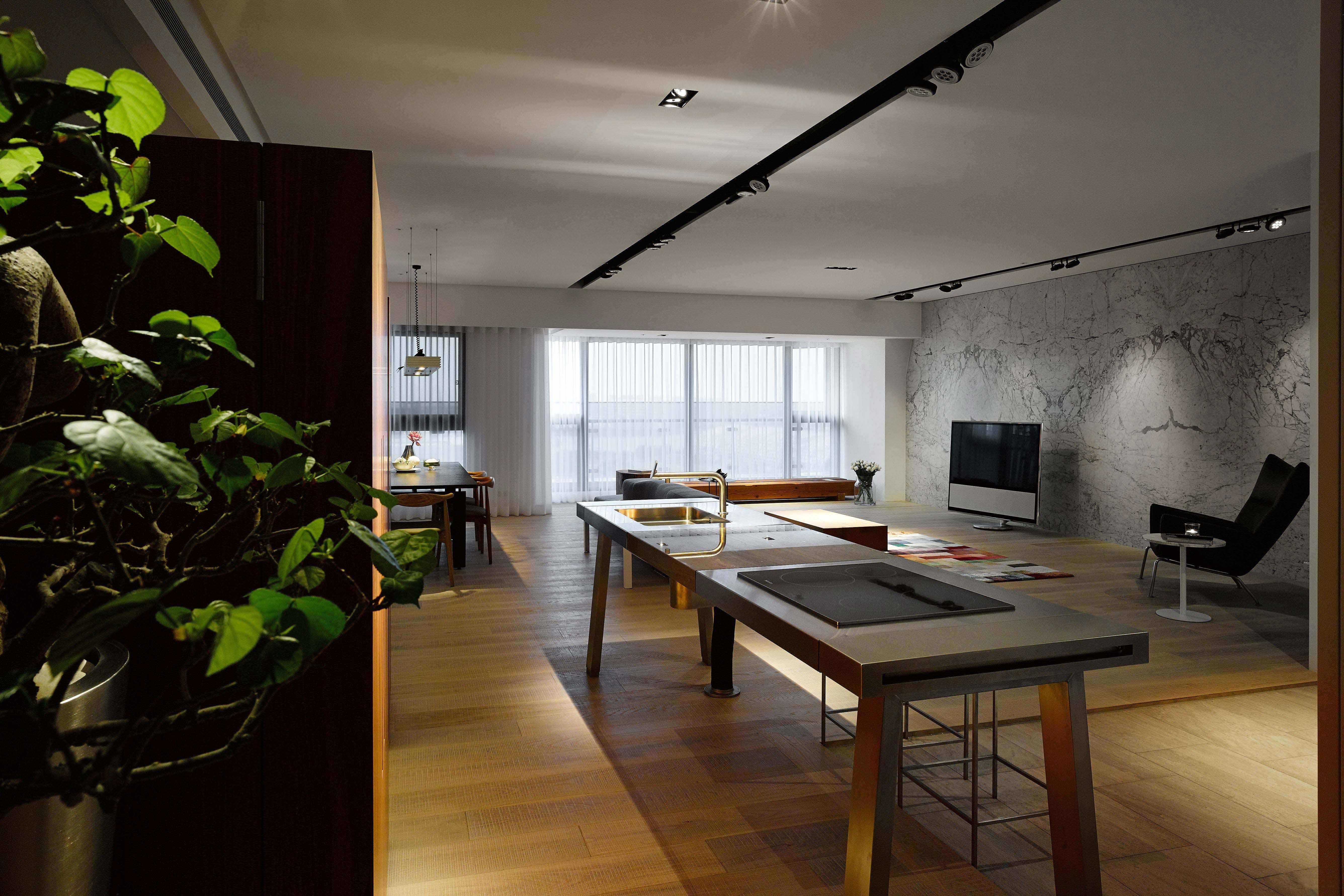155㎡三居室设计吊顶装修效果图