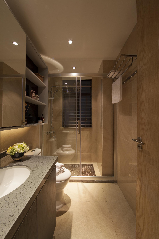 三居室现代风格卫生间装修效果图