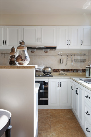 350平米美式别墅厨房装修效果图