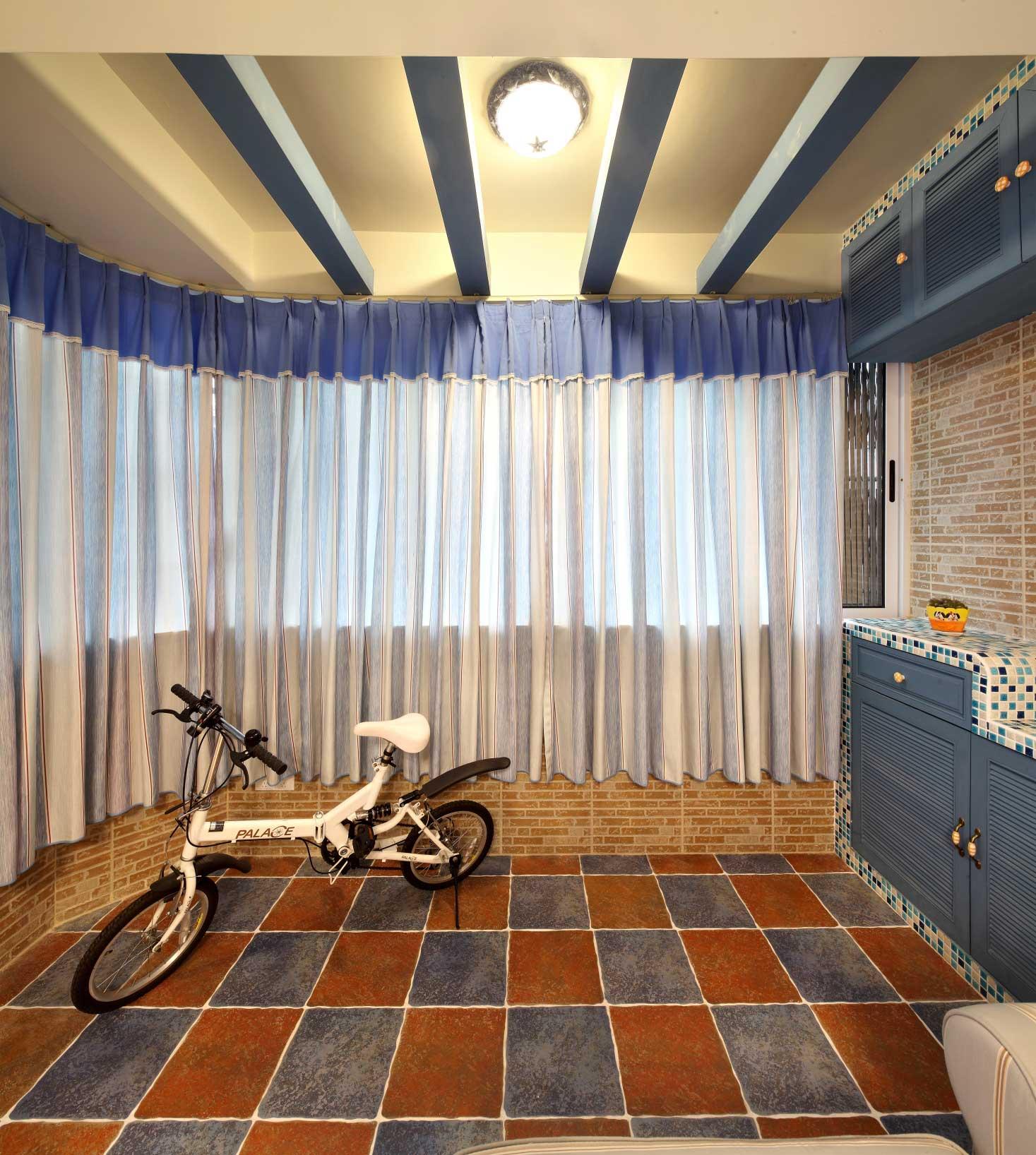 地中海风格二居室门厅装修效果图