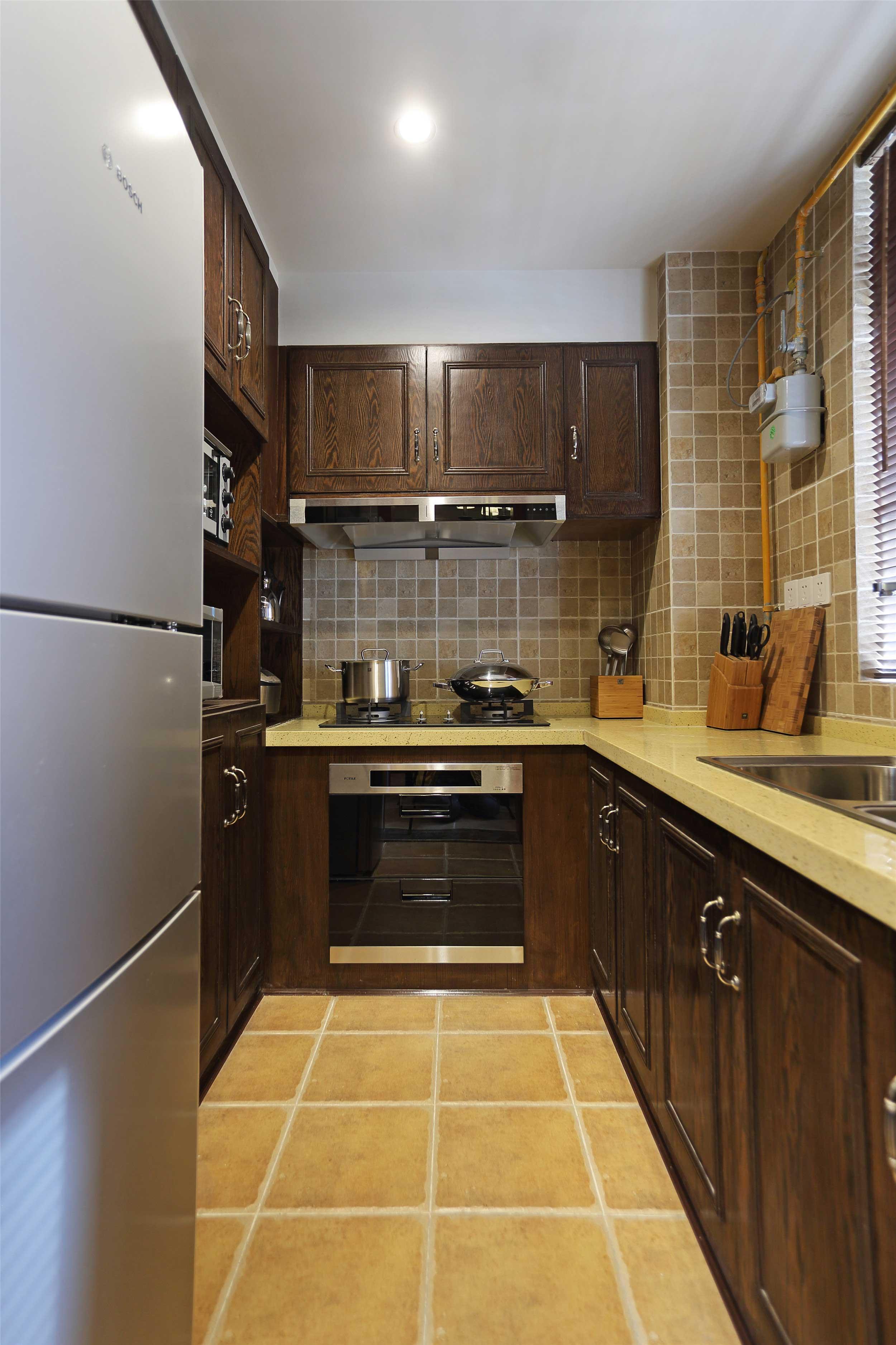 美式乡村二居厨房装修效果图