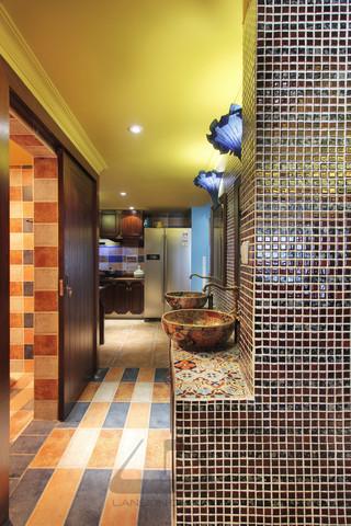 东南亚风格二居室装修洗手台设计图