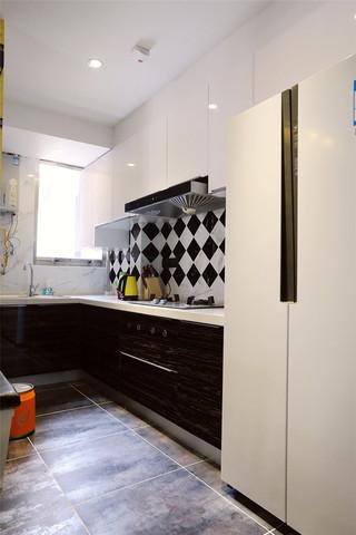95平混搭风格三居厨房装修效果图