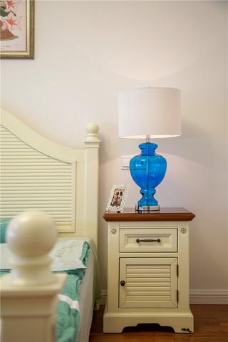 110平美式田园风格装修台灯设计图