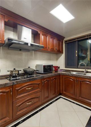 新古典美式风格别墅厨房装修效果图