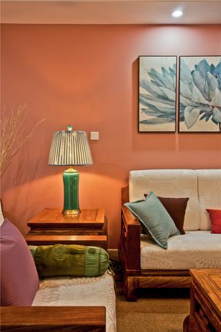 新中式混搭三居室装修沙发一角
