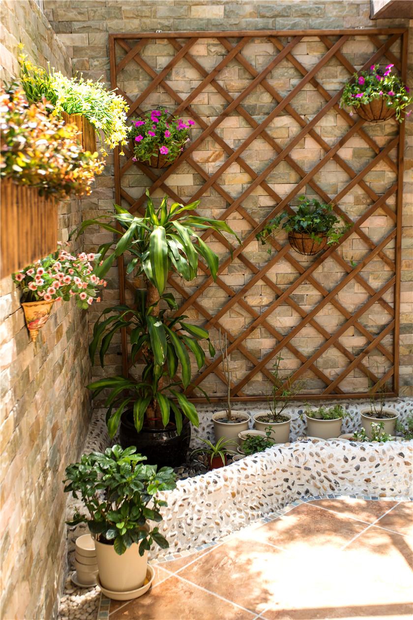 360平美式风格别墅装修花园一角