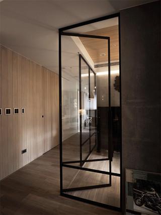 时尚混搭风格二居装修玻璃门隔断效果图
