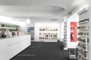 明亮简洁书店装修效果图