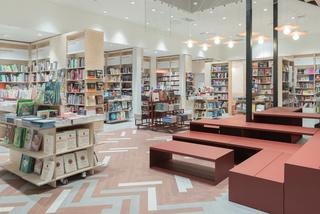 书店装修设计实景图