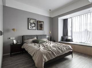 143平现代简约三居灰色卧室装修搭配图