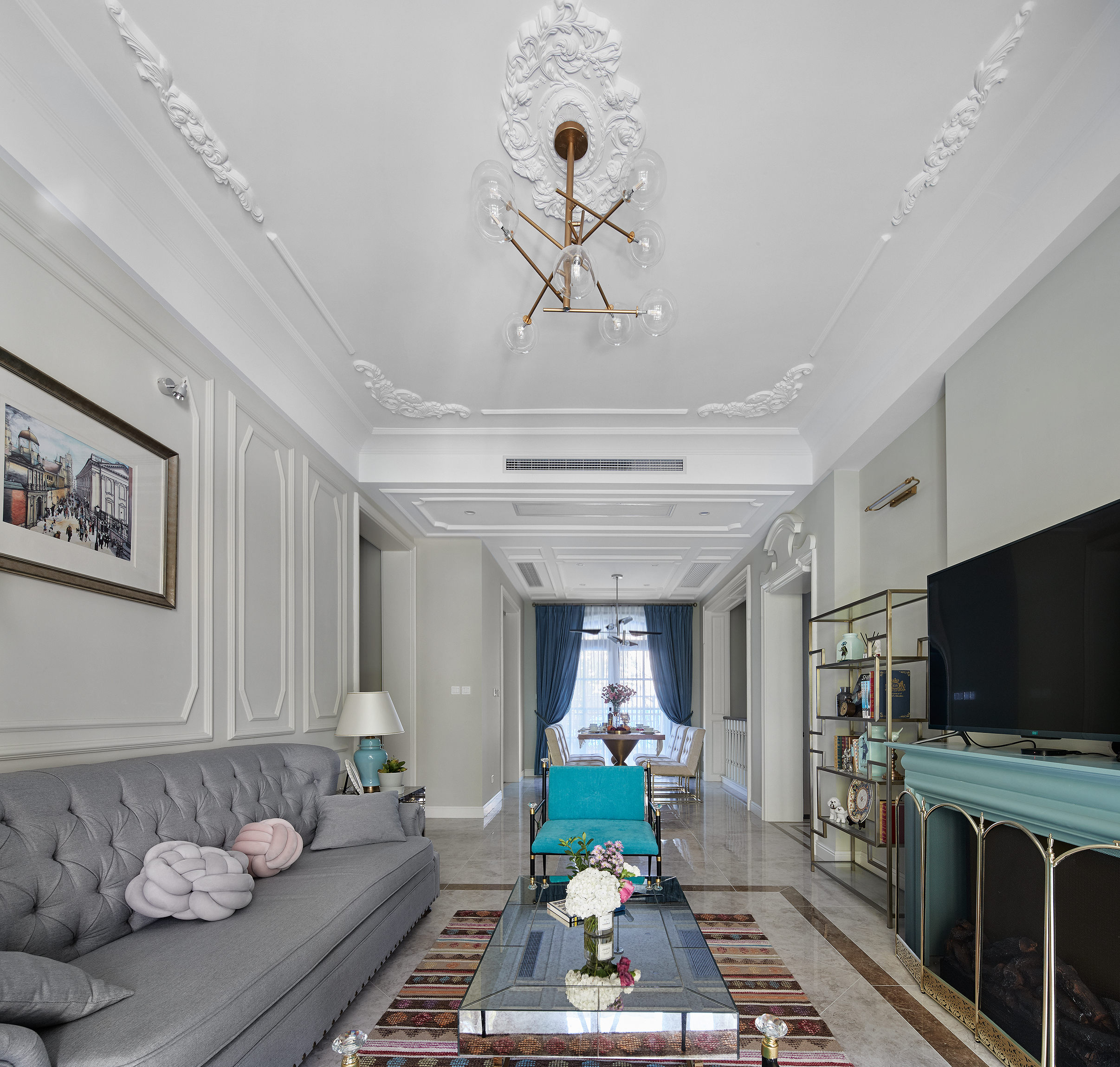 大户型法式混搭客厅吊顶装修效果图