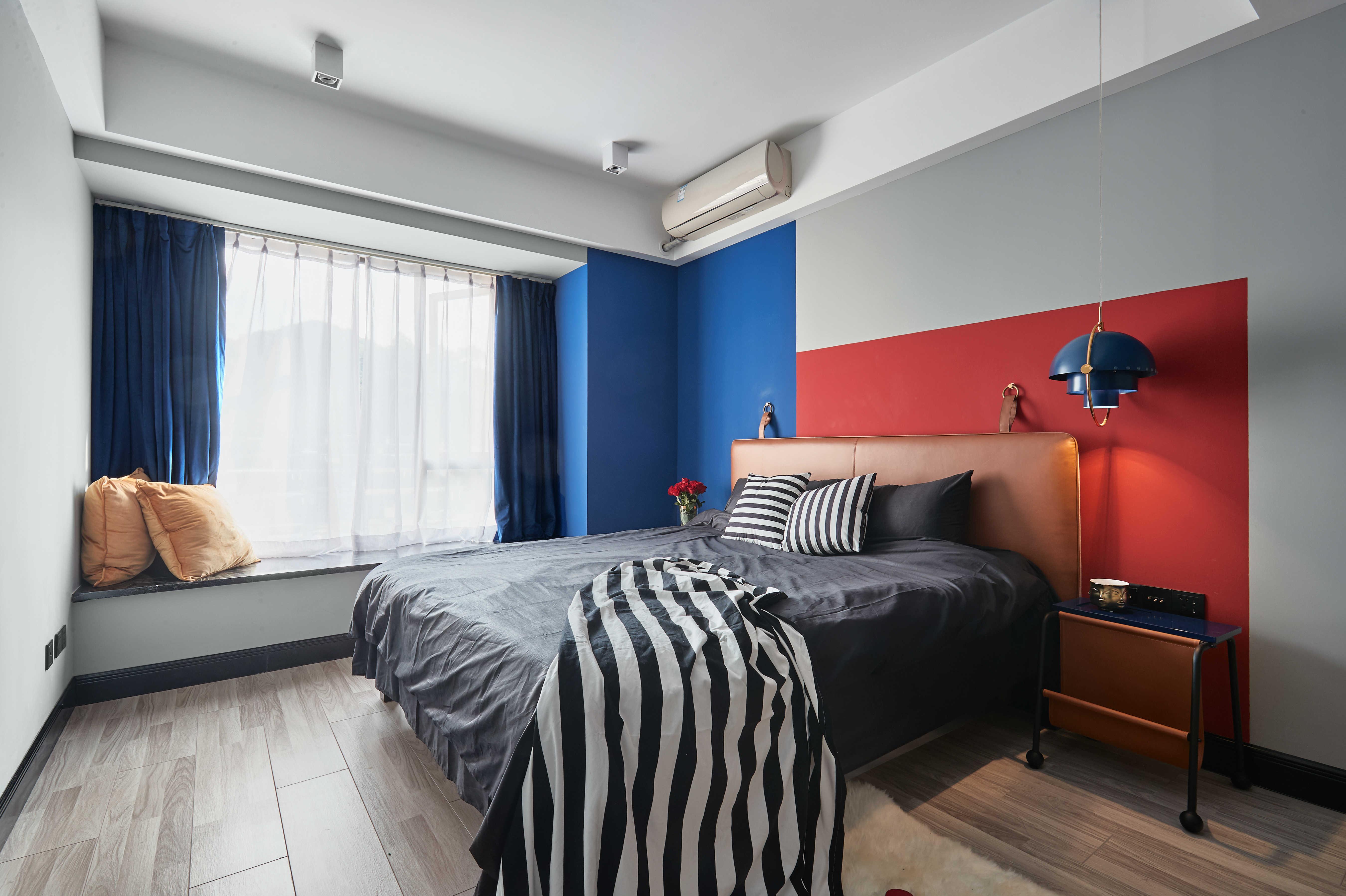 90㎡二居卧室装修效果图