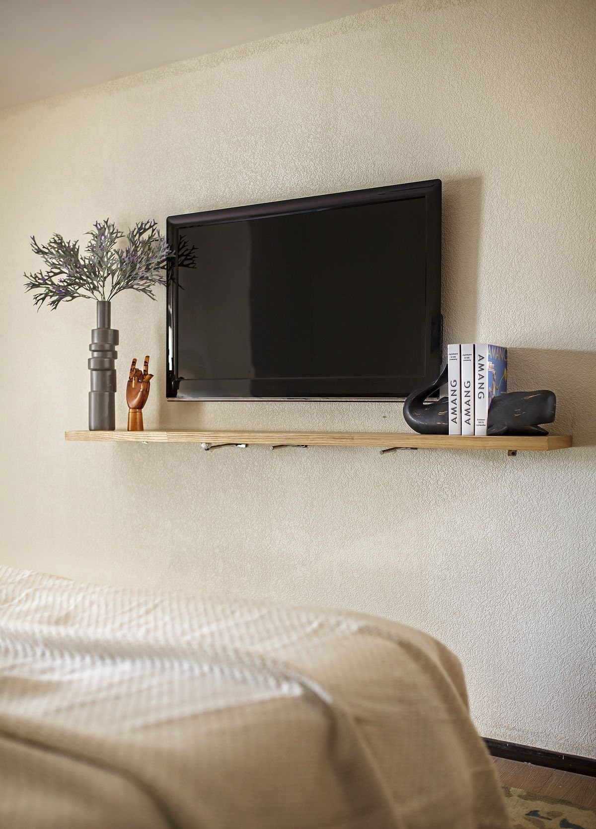小户型北欧风两居室装修搁板设计
