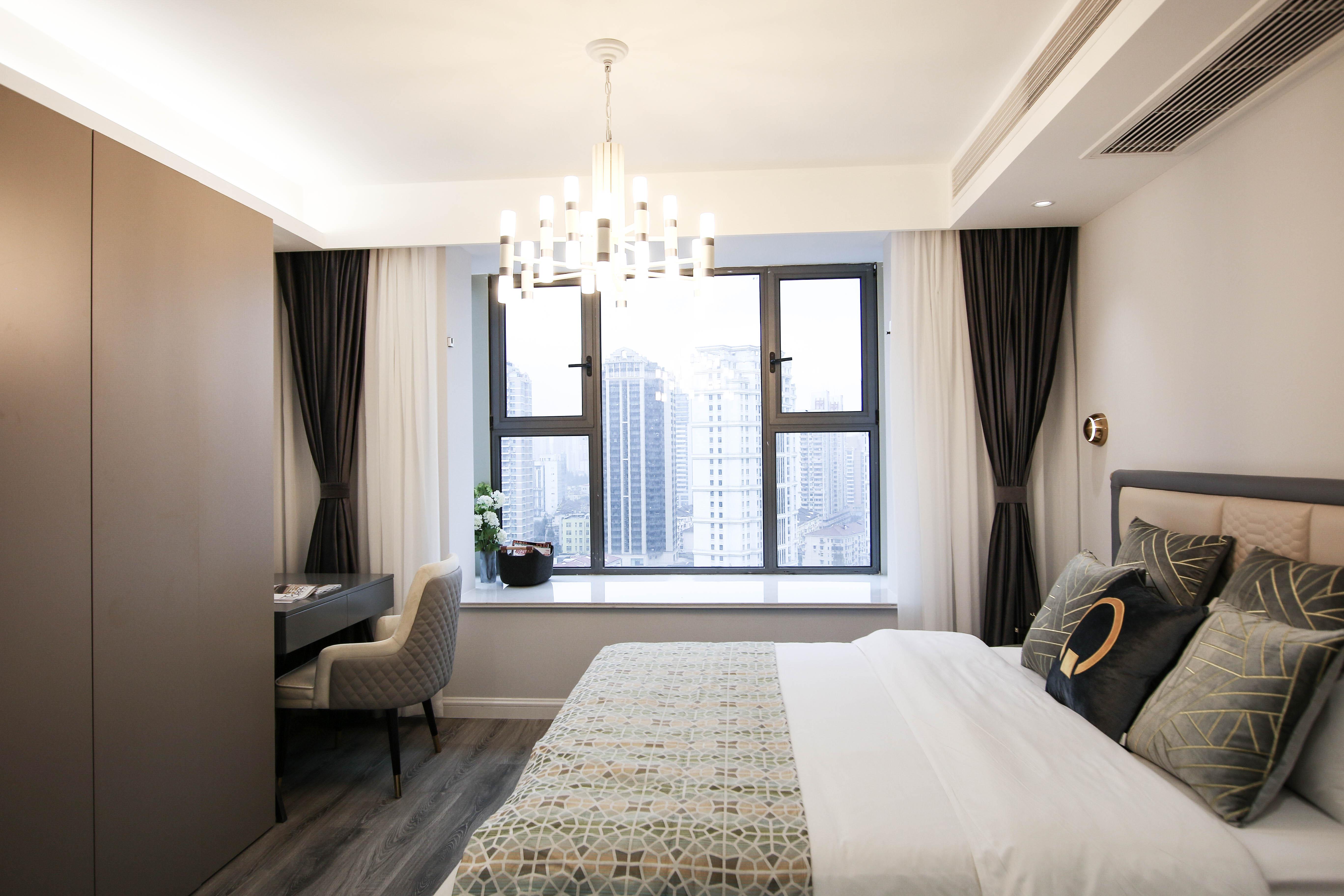 现代轻奢一居室装修飘窗设计图