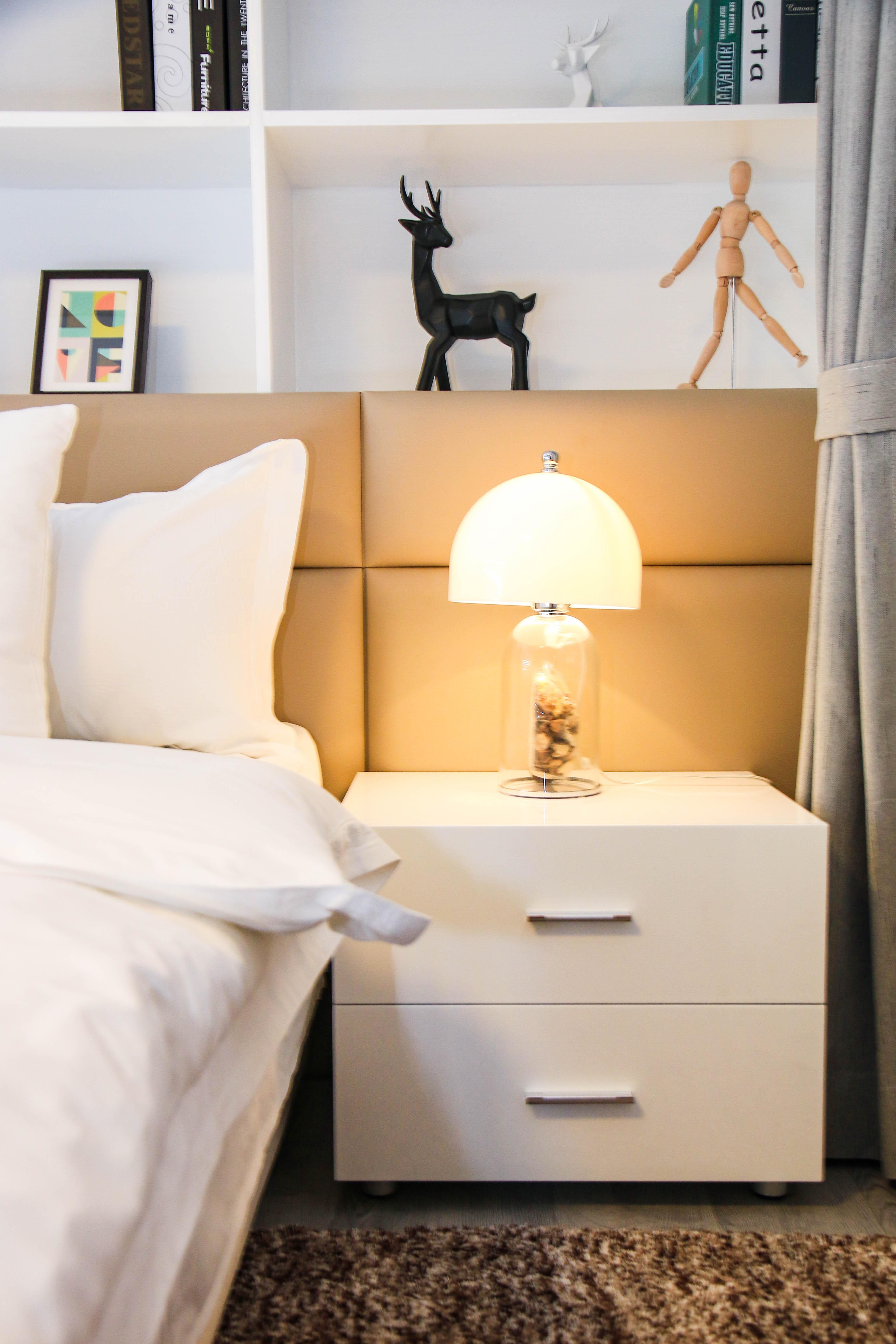 65㎡北欧风二居装修床头柜设计图