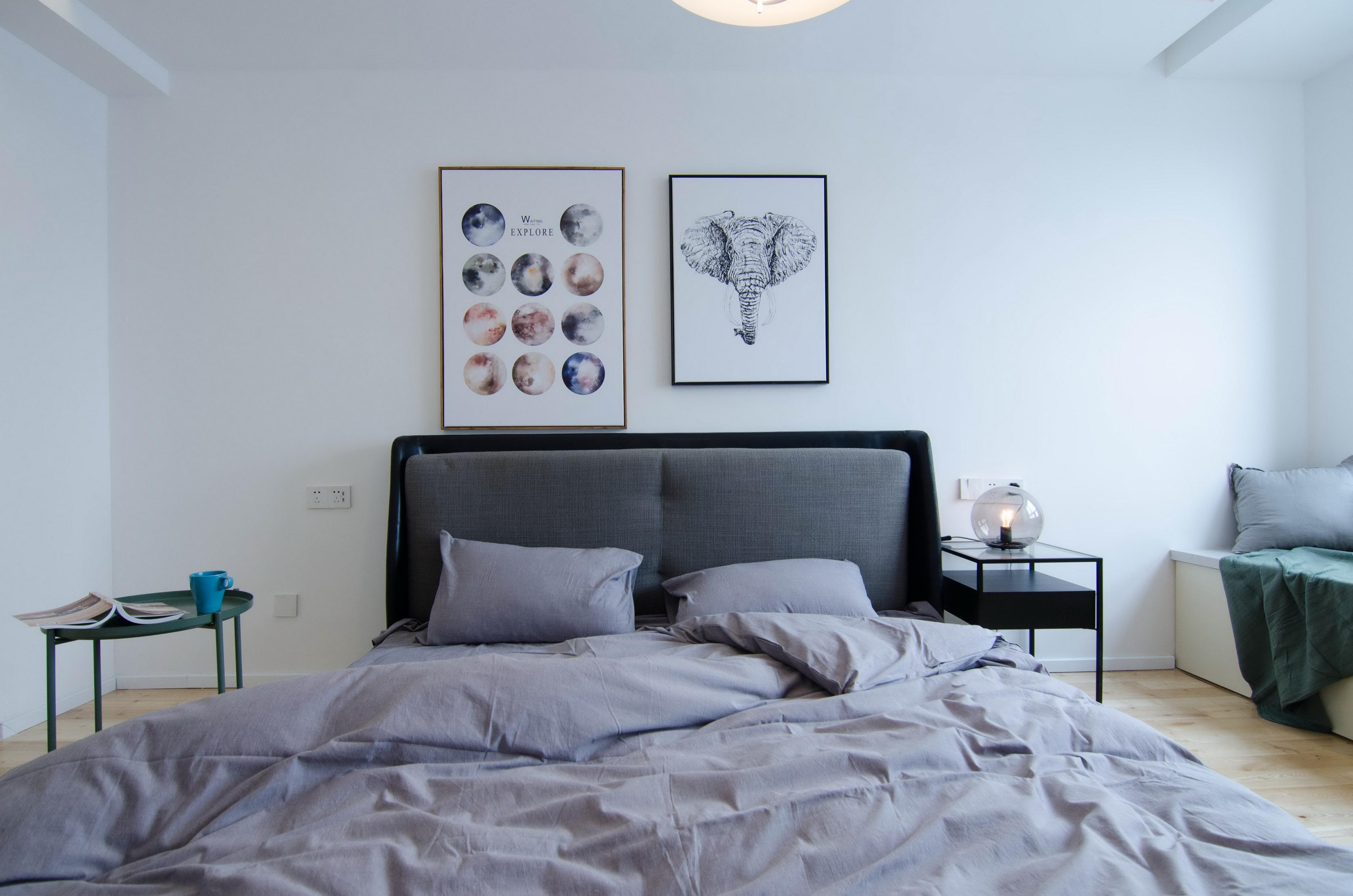 现代北欧风三居室装修床头背景墙设计