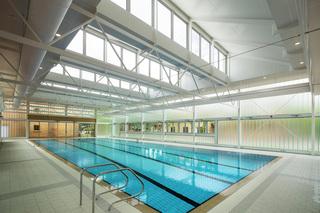 现代玻璃游泳馆设计效果图