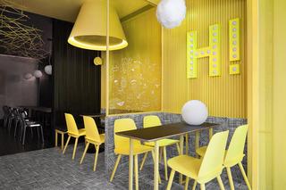 潮流饮品店设计 黑与黄的碰撞