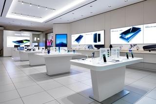 现代风格手机店装修效果图