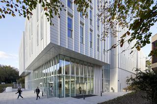 大学教学楼入口设计效果图