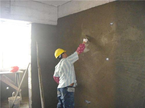 怎样粉刷墙壁 粉刷墙壁要注意哪些细节