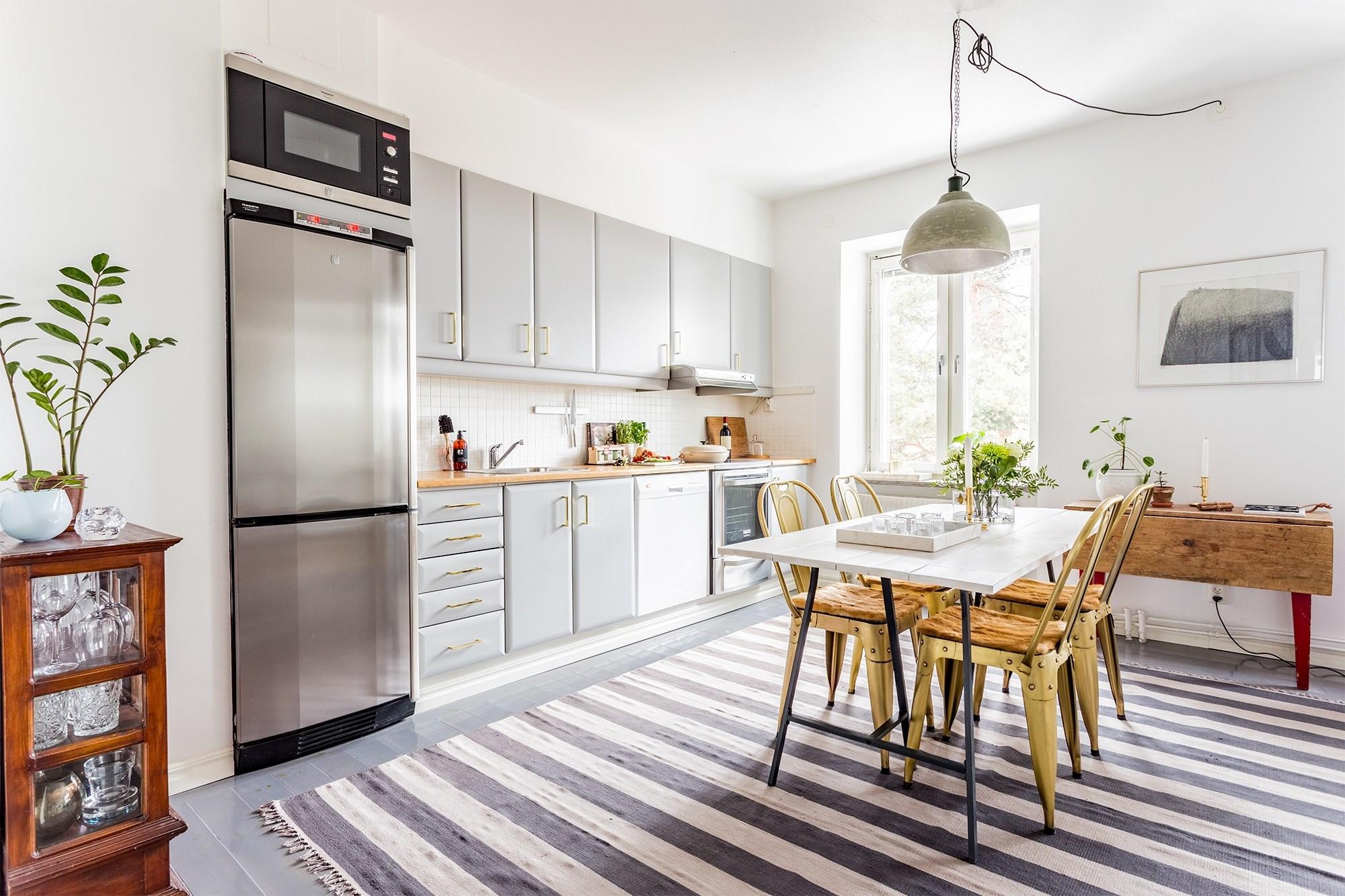 北欧风小户型公寓厨餐厅装修效果图