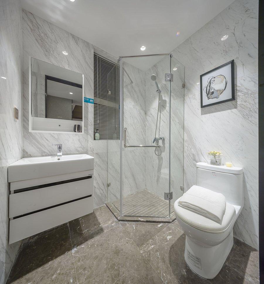 90㎡现代简约卫生间装修效果图