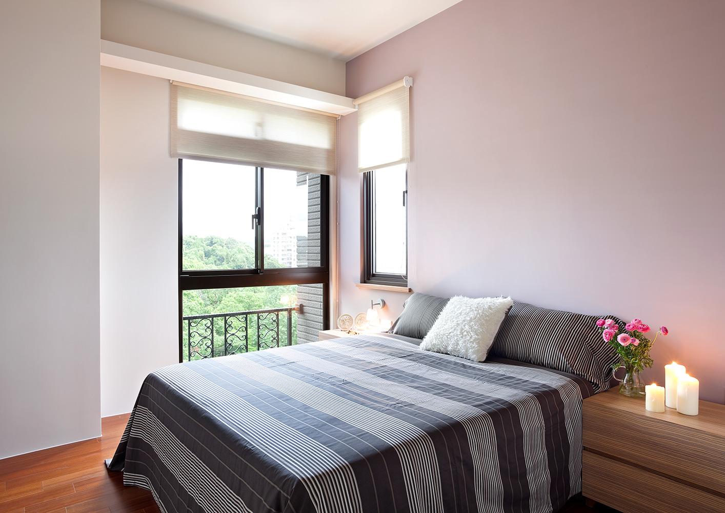 130平现代风格卧室装修效果图