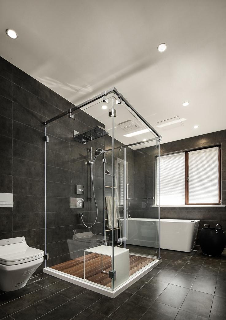混搭风格大户型卫生间装修效果图